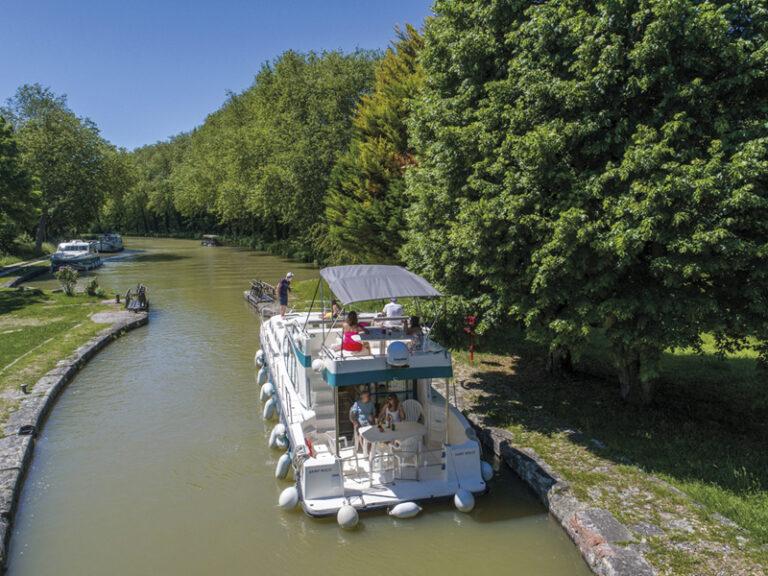 NICOLS- port lauragais canal du midi